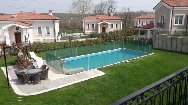 Villa Havuzu